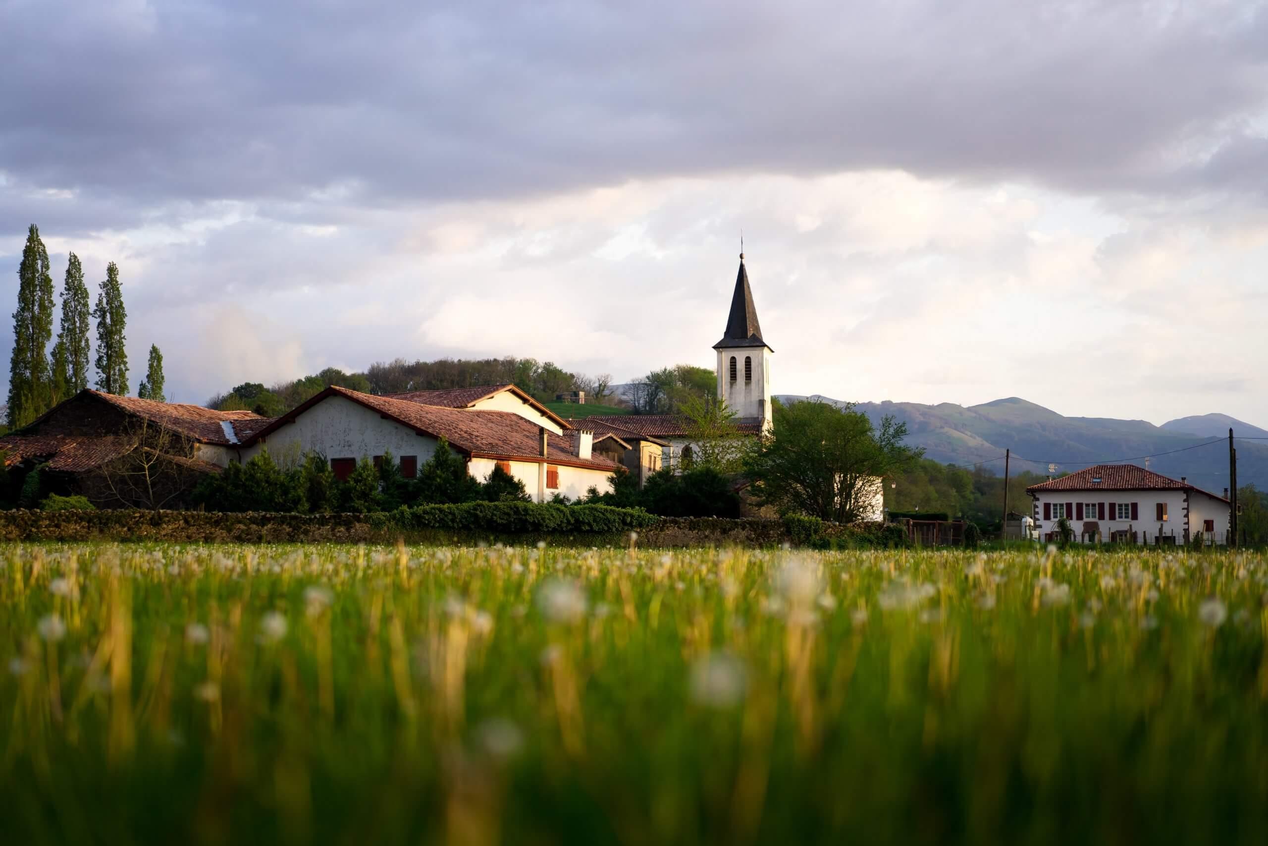 kostol na dedine